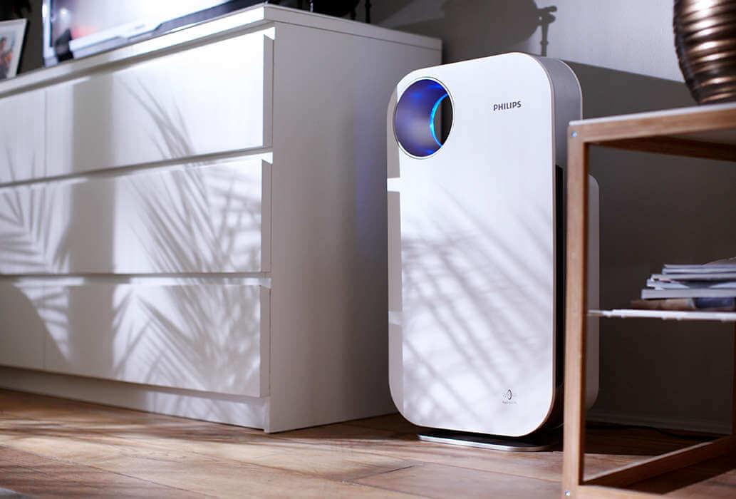 Frische gesunde Luft durch einen Luftreiniger
